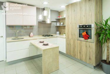 Угловая кухня Панна котта